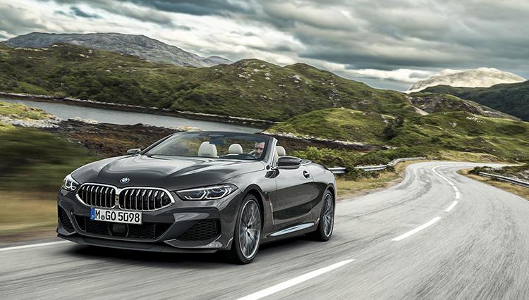 ポルシェ911イーターの急先鋒、BMW8シリーズは「クーペよりカブリオレ」の理由