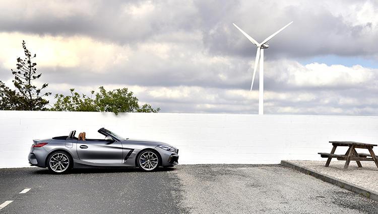 BMWがトヨタと共同開発した「Z4」。発売が始まった新型車に試乗した
