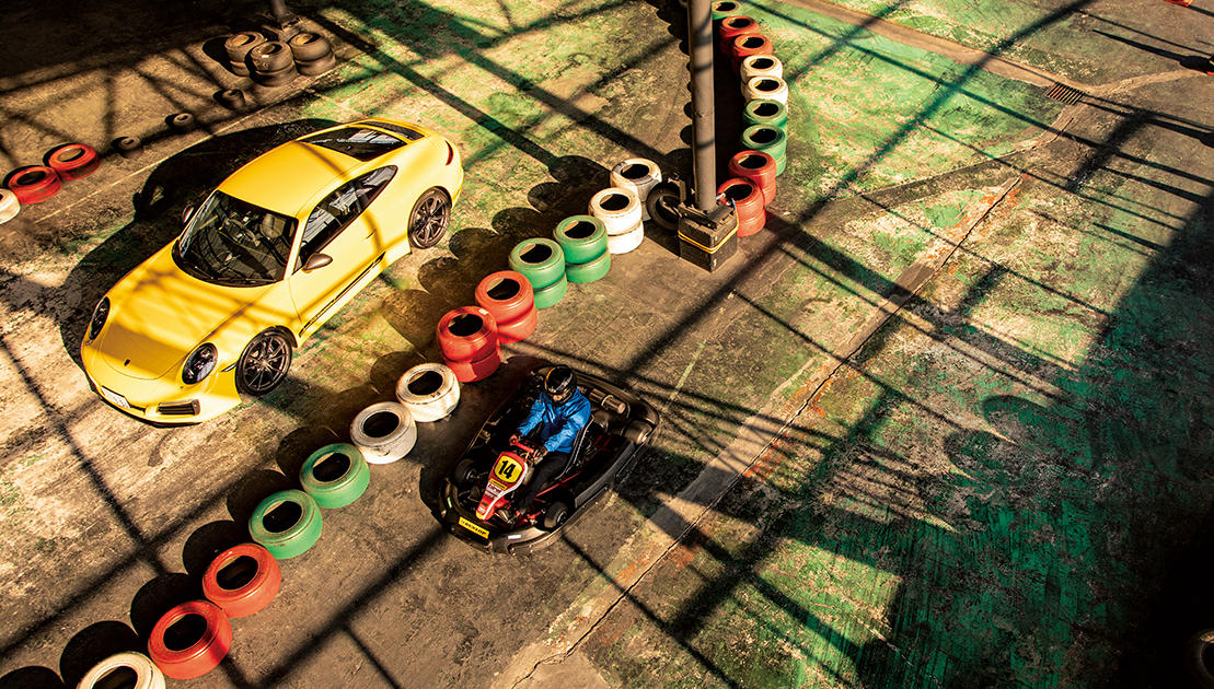 相棒「ポルシェ 911 カレラT」に乗ってレーシングカートを体験してきた