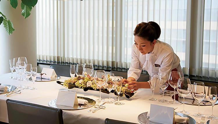 出張料理人・マカロン由香さんに聞く、女性が喜ぶホームパーティの極意とは?