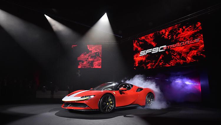 フェラーリ初のPHEV「SF90 ストラダーレ」が遂に日本でお披露目された!
