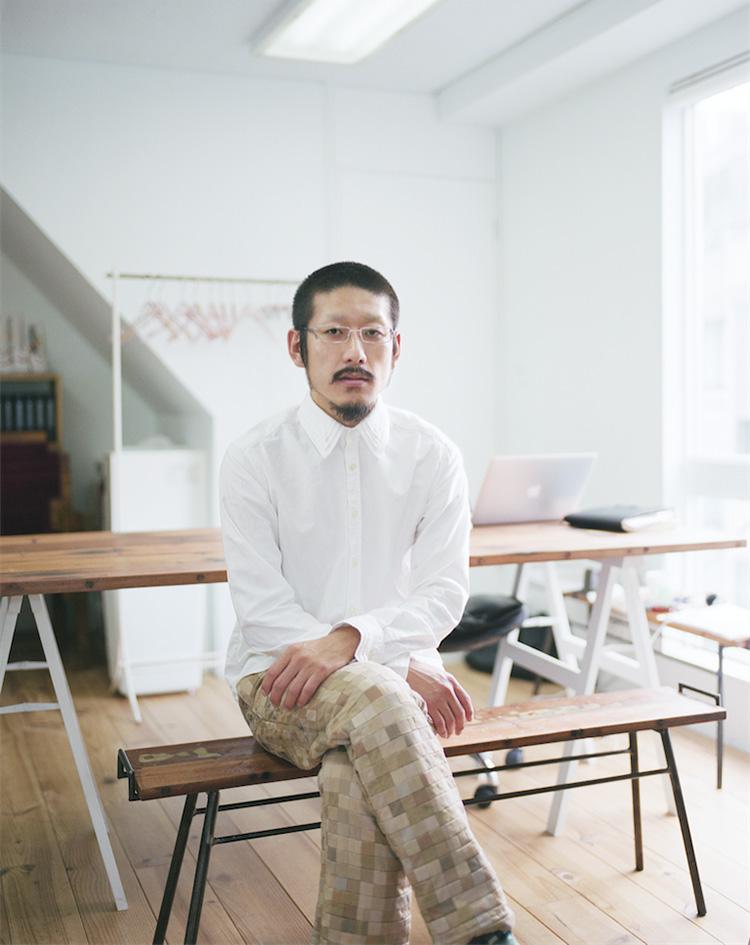 <p><strong>【注目トピックス5】「TOKYO KNIT」×「ANREALAGE」のカプセルコレクション発表</strong></br></p> <p>「東京に蓄積するニットの技を、次世代へ」をコンセプトに東京ニットファッション工業組合(TKF)による17社が参加してニット作品を発表する。また、アンリアレイジのデザイナー、森永邦彦氏とのコラボレーションによるカプセルコレクションも展開する。</p>