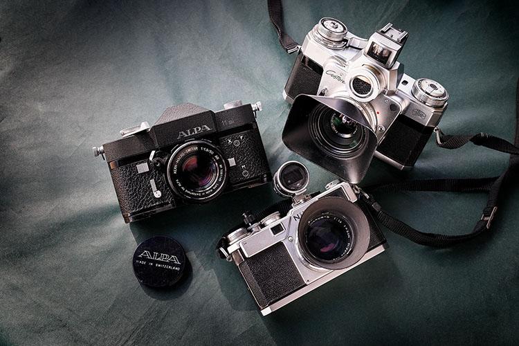 <p>当日はこれらのカメラを間近にご覧いただけます</p>