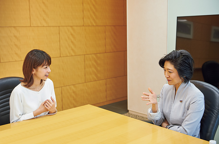 加藤 綾子さん、小川理子さん