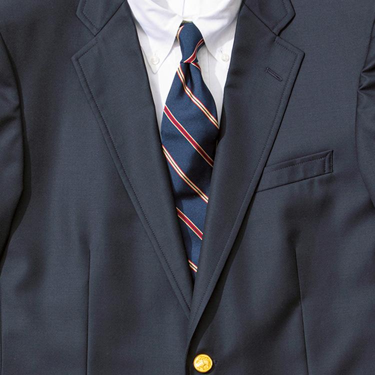 <p><strong>8位<br />紺ブレを仕事できちんと見せるコツ【1分で出来るスーツのお洒落】</strong><br />トラッドな紺ブレを仕事できちんと見せるには? 柄モノのシャツでももちろんOKだが、クリーンに清潔感を出すなら白無地のBDシャツを合わせておきたい。ここにレジメンタルタイをもってくると、アメトラテイストでバランス◎。赤やイエローなど明るい色が強いとかなり派手な印象になるので、地色は紺ベースで細めのカラーストライプが入ったものを選ぶと、全体的に落ち着いた印象にまとまる。<small>(2019年12月号掲載)</small></p>