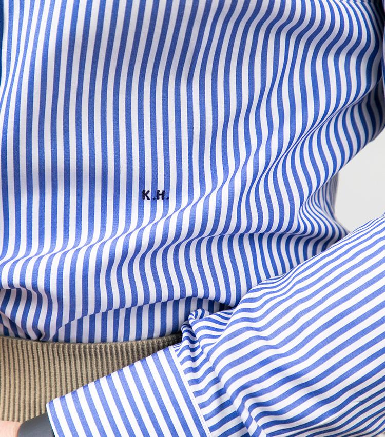 <p>平澤も見頃にイニシャルを刺繍。ビスポーク感ある意匠だ。</p>