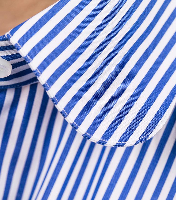 <p>襟のカーブとステッチの線がきれいに揃っている。このあたりも全く隙なし。</p>
