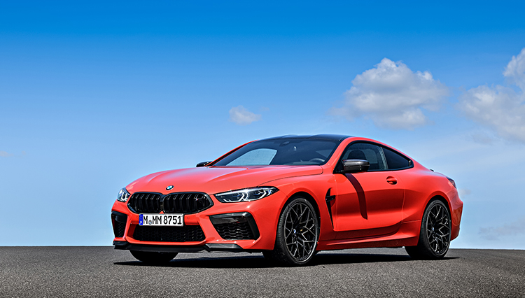 BMW 8シリーズの最上位2種、M8クーペ&カブリオレにポルトガルにて試乗!