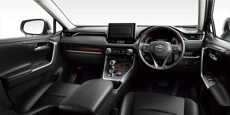 <p>衝突回避支援などを行うプリクラッシュセーフティをはじめ、数多くの安全装備を採用した「Toyota Safety Sense」を全車標準装備。</p>