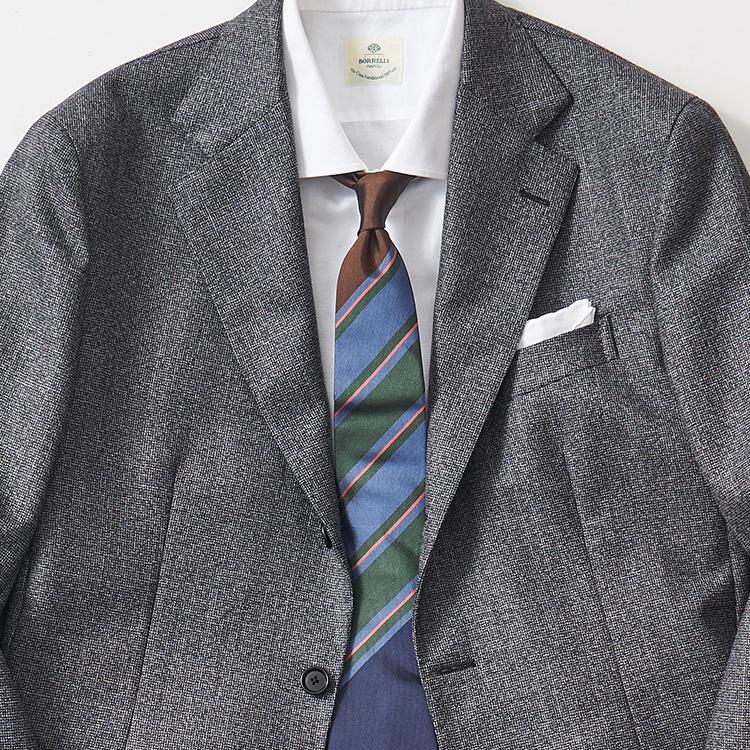 グレースーツを旬に見せるならこんなネクタイ【1分で出来るスーツのお洒落】