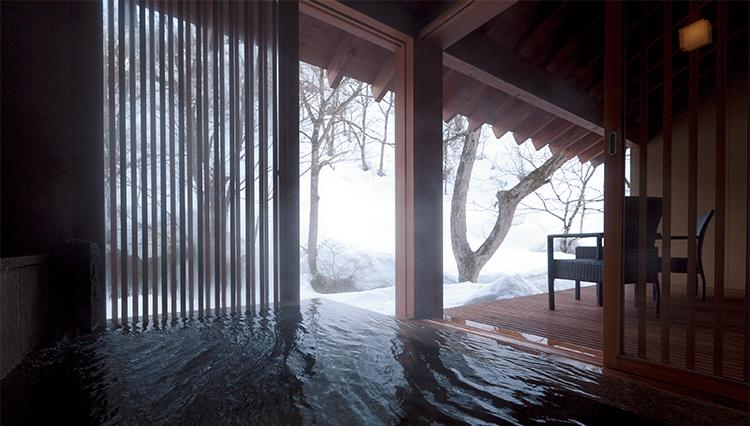 宿泊予約サイトのプロが推す、極上の雪見風呂とは?