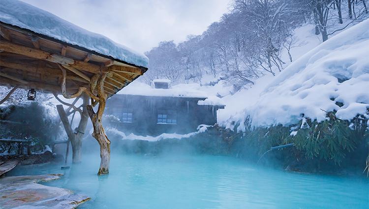 温泉カメラマンが推す秘湯「ザ・雪見風呂」とは?