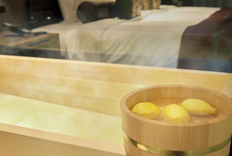 レモンを浮かべた 全室檜風呂