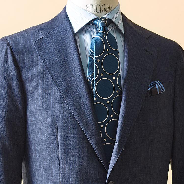 紺スーツをモダンに見せるシャツ&ネクタイの柄は?【1分で出来るスーツのお洒落】
