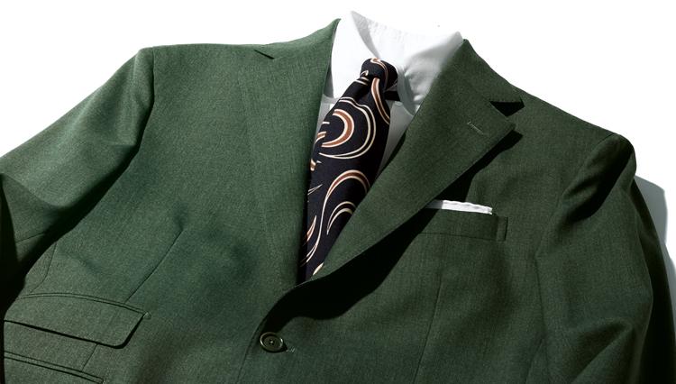 スーツの最旬色合わせ「ネロ エ ヴェルデ」ってどんな配色?