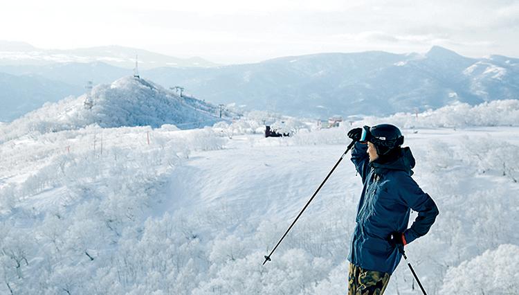 トマムから見える雪山景色