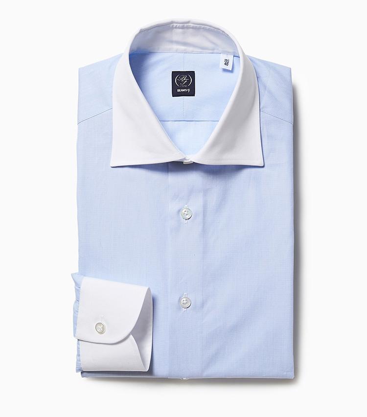 <p><strong>4.ビームスFのクレリックシャツ</strong><br /> 滑らかな生地で仕立てたワイドカラーのクレリックシャツは、ビジネススタイルの定番。ビームス Fオリジナルは、腕の上げやすさなど動きやすいパターンにもこだわりがある。<br /> 1万5000円(ビームス 六本木ヒルズ)</p>