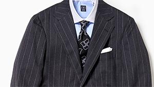 2020年春、いつものスーツを旬に見せる差し色は?
