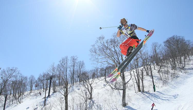 【アルツ磐梯】【猫魔スキー場】星野リゾート・星野代表が考えた、スノーボーダーに優しいスキー場とは?