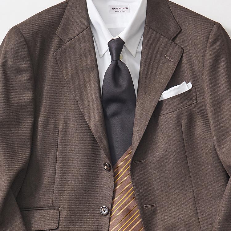 <p><strong>9位<br />無地スーツ×白シャツを引き立てるネクタイは?【1分で出来るスーツのお洒落】<br /> </strong><br />仕事用のスーツを休日にも応用するとき、少し華やかな印象に見せるにはどんなネクタイを合わせたらいいか? 紺やグレーでなくブラウン無地にするだけで艶気もUP。シャツはいつもの白無地シャツでも、ここにストライプがランダムに入ったパネルストライプタイを合わせるとさらに洒落度が増す。スーツのフロントを開けると、より柄の華やかさが目立って◎。</p>