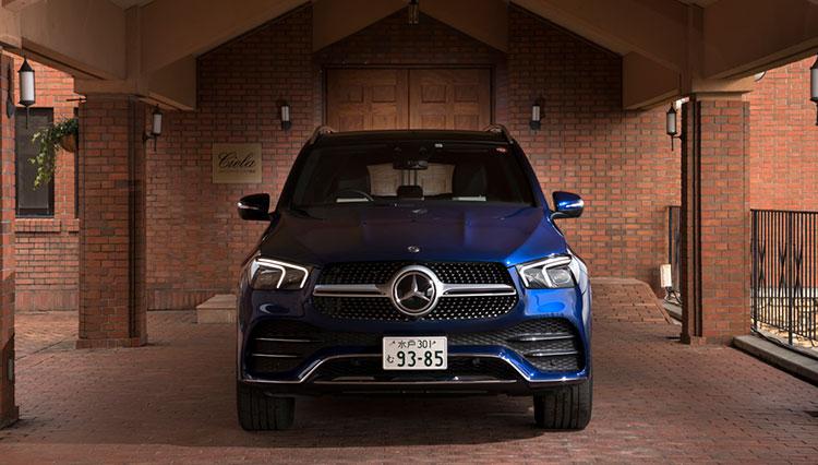 ついに全幅2mオーバーとなった新メルセデスGLE。大型SUVの魅力はどこにある?