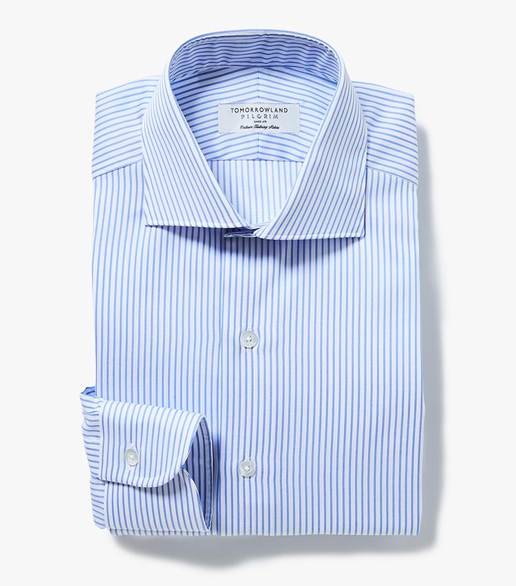 <p><strong>6.トゥモローランド ピルグリムのブルーストライプシャツ</strong><br /> サラッとしたコットンシャツは、春夏も心地良く着用できる。立体的な裁断と縫製のおかげで、ジャケットを羽織ってもモタつきがなくすっきり着こなせる点もおすすめ。1万6000円(トゥモローランド)  </p>