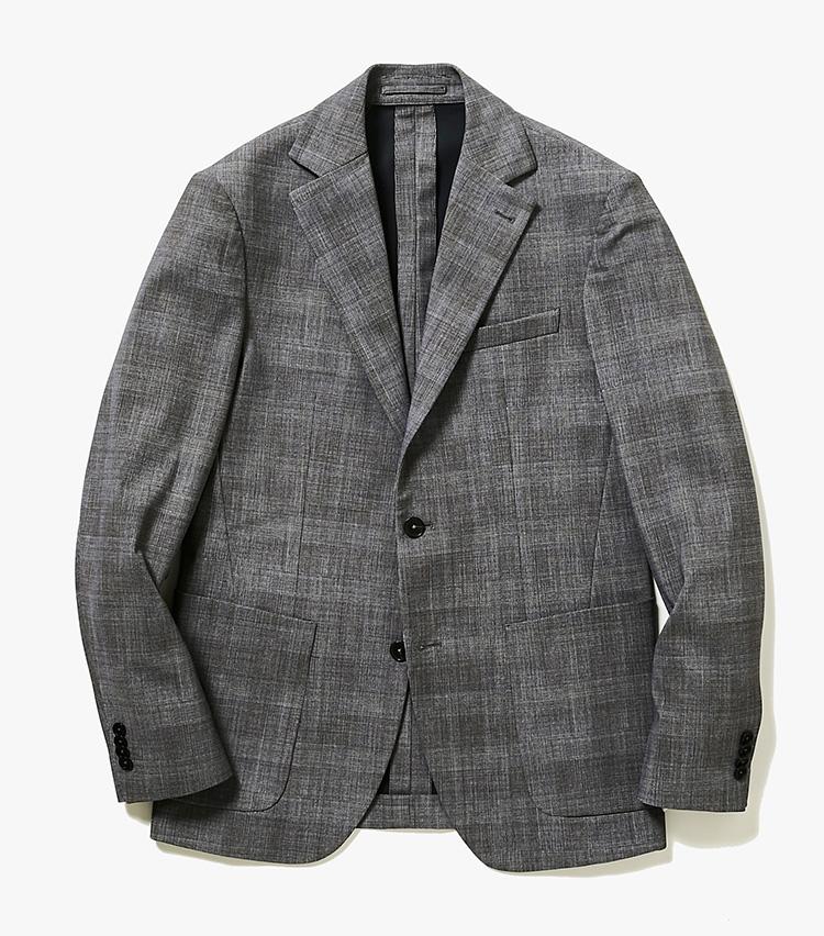 <p><strong>3.トライアーノのチェックジャケット</strong><br /> スポーツブランドの素材開発をしていたイタリアのメーカーによる、ビジネス対応のドレスウェアコレクション。柄はすべてプリントで表現されていて、まるでスポーツウェアのような着心地が新感覚だ。8万2000円(バーニーズ ニューヨーク カスタマーセンター︎)      </p>