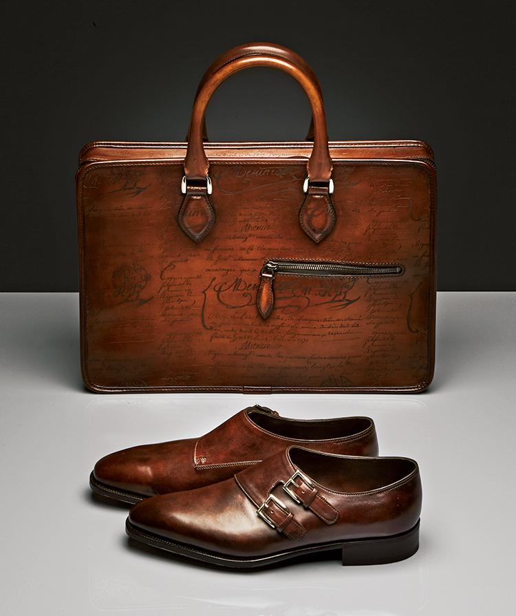 ベルルッティの鞄とジョンロブの靴