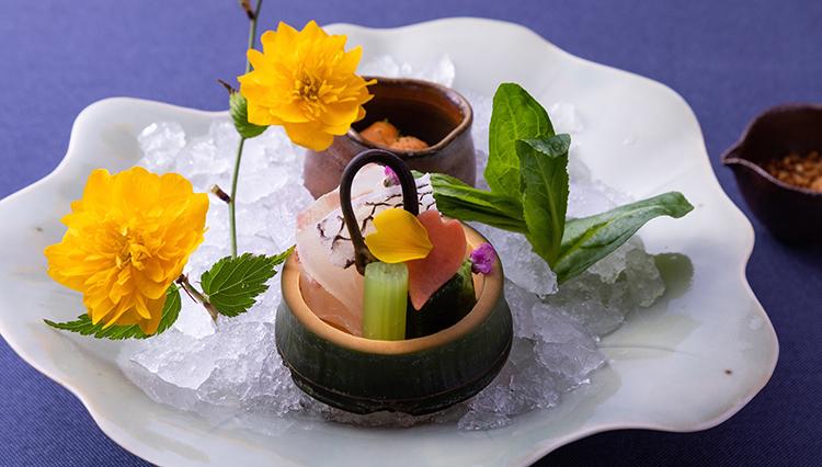 【星のや京都】桜を愛でながら五感で楽しむ、春の嵐山絶品京会席
