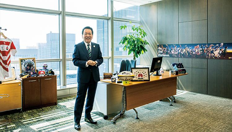 【エグゼクティブの仕事部屋】NTTコミュニケーションズ・庄司社長の執務室を拝見!