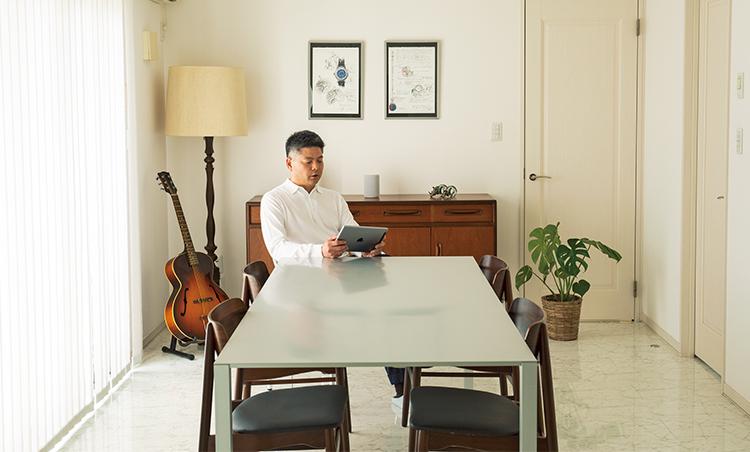 心地よいインテリアの自宅で経営者が繋がるパーティも。出会いがビジネスも広げてくれる