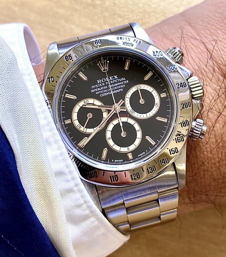 <p><strong>トゥモローランド商品部門 メンズ企画 岩谷真典さんの愛用時計<br /> ロレックス/デイトナ Ref 16520  N番 1991年製 シングルブレス 逆6</strong></p>