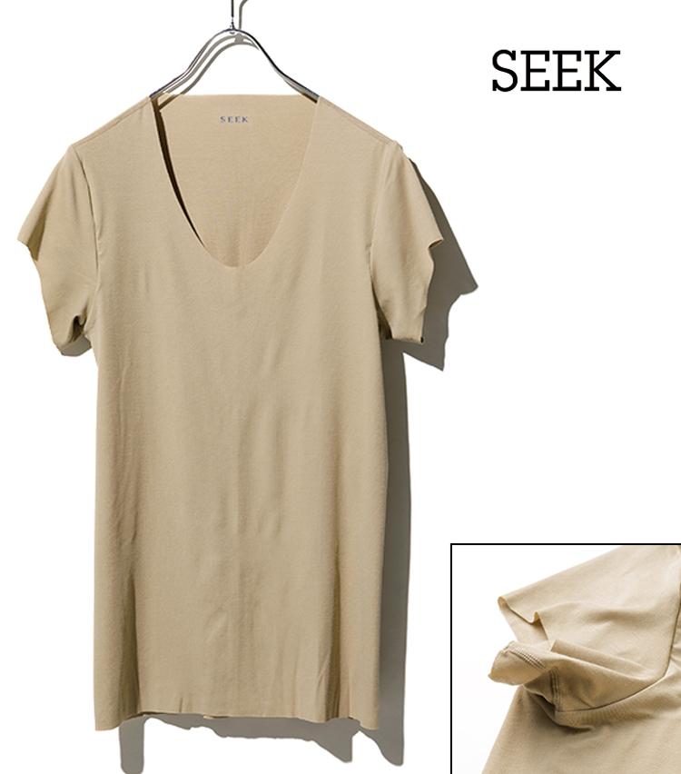 <p><strong>【No.3】シークの強撚カットオフUネックTシャツ<br /> メンズ館の人気No.1の大定番</strong><br /> 強撚糸によるシャリッとしたタッチが肌に心地よい一枚。「首や袖口、裾がカットオフになっているので、表に響きづらい。入門者の方にも薦めたい定番です」(大橋さん)。汗脇パッドつき。3000円〜(伊勢丹新宿店)</p>