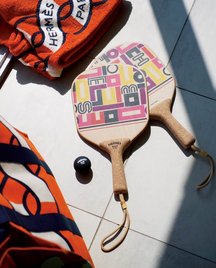 エルメスのビーチラケット「カレ・タカン」