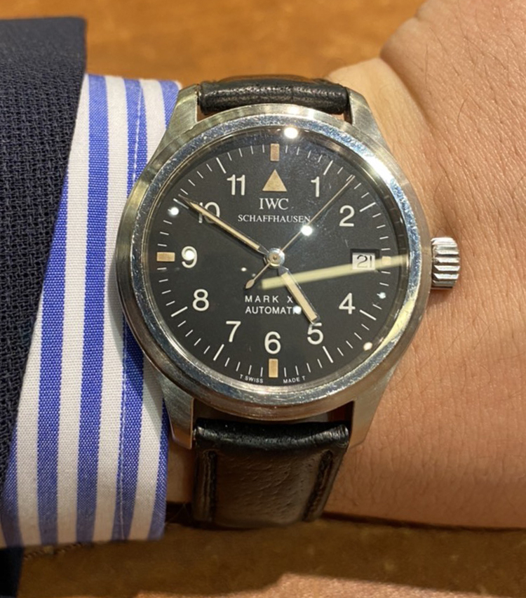<p><strong>SHIPS 渋谷店 スタッフ 小川厚也さんの愛用時計<br /> IWC/MARK XII</strong></p>