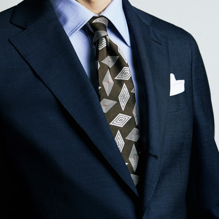 困ったときの鉄板色合わせはこの2色【1分で出来るスーツのお洒落】