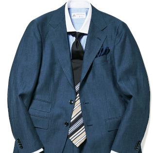 ネイビースーツを「簡単に今っぽく」着るコツ【1分で出来るスーツのお洒落】