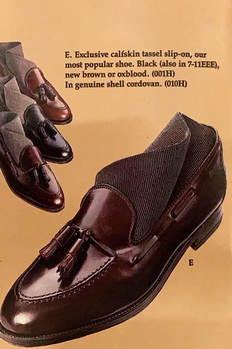 <p>ブルックス ブラザーズの1988年のカタログ(中村さん私物)に掲載されているタッセルローファー。「Our most popular Shoe」と紹介されている。</p>