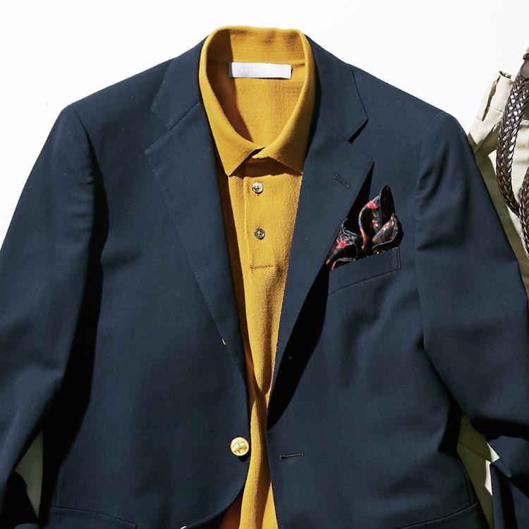 <p><strong>8位<br /> 「冴えない」と言われないクールビズの装いは?【1分で出来るスーツのお洒落】</strong><br /> クールビズと言うと単にスーツの装いからネクタイを外しただけ、あるいはポロシャツを着ただけ……という方も多いだろう。男を格上げしてくれるノータイクールビズの装いは、油断すると「冴えない」「おじさんぽい」という印象になりがちだ。そこでおすすめなのが、紺ジャケット×カラーポロシャツの着こなし。こちらのような鮮やかな黄色のポロシャツを取り入れると、一気に華やいだ印象に。そして、隠し味で綺麗な色のポケットチーフを一挿し。いっそう垢抜けた着こなしが完成する。<br /> <small>(2020年6,7月号掲載)</small></p>