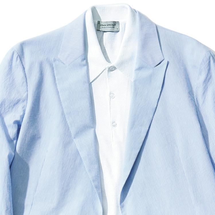 <p><strong>9位<br /> 40代メンズの装いは「清潔感」が肝心【1分で出来るスーツのお洒落】</strong><br /> 歳を重ねた男性が「おじさんっぽい」と言われてしまう最大の原因は、清潔感のなさ。そんな清潔感を強く押し出す装いのコツをお教えする。それは「サックスブルー」の色を取り入れることだ。ブルーより淡いトーンのこの色は、涼やかでこれからの夏の季節にもぴったり。纏うだけで爽やかな印象をもたらしてくれる。また、写真のようにインナーで白を挟んだりする装いも、清潔感がさらに引き立ちおすすめだ。<br /> <small>(2020年6,7月号掲載)</small></p>