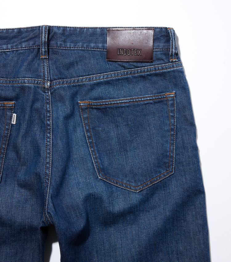 <p><strong>ヒップディテール</strong><br /> ポケットの縁など、細部にまで行き届いたヴィンテージ加工はさすが!</p>