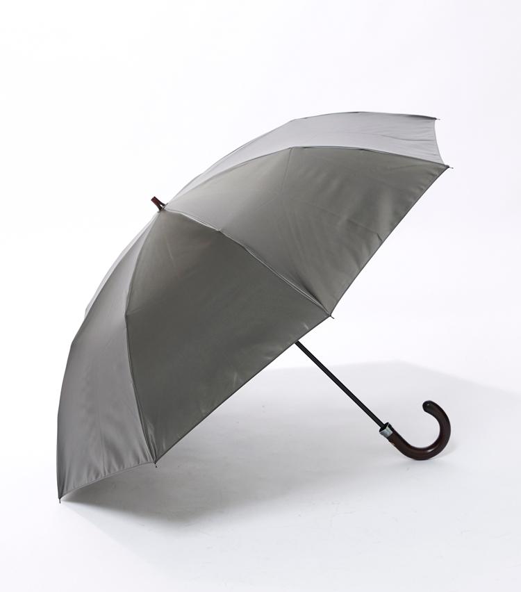 <p><strong>「前原光榮商店×ポーター」の横顔</strong><br /> 折りたたみ傘でも気の抜けない読者諸兄に相応しい、重厚感のある一本だ。</p>