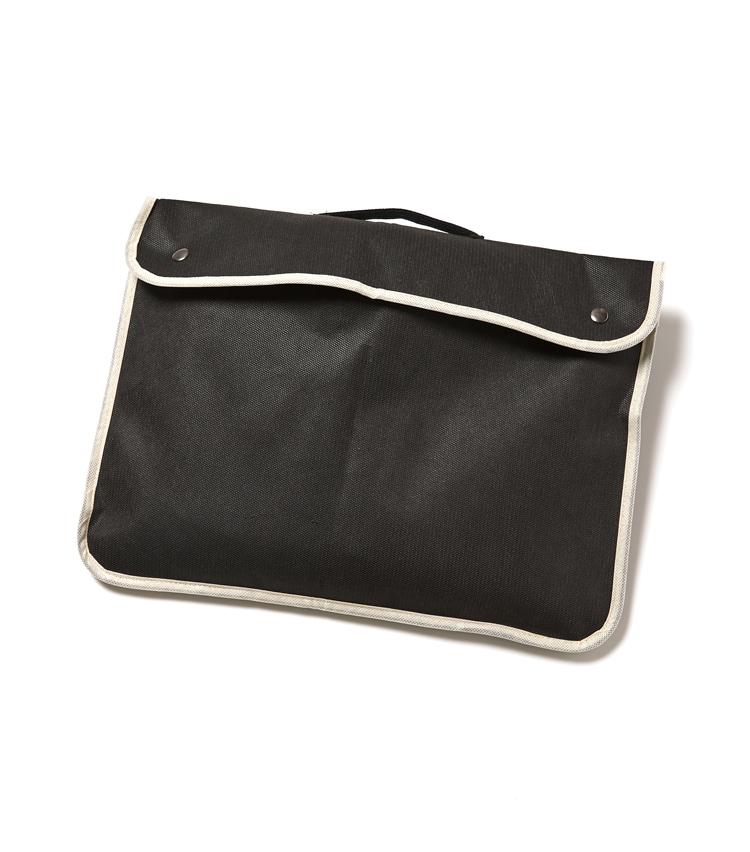 <p><strong>「シーラップ」ここが注目の凄み</strong><br /> 別袋が付属しているから濡れたままで鞄にしまっても荷物が濡れる心配がない。</p>