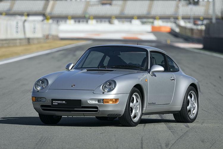 <p>1993年登場の4代目、タイプ993。911で最後の空冷モデルとなる。</p>