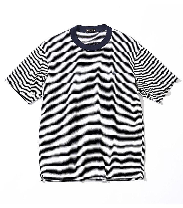 <p><strong>15.ポール・スチュアートのTシャツ</strong><br /> カジュアルだが品良いマイクロボーダー。薄手ながら度詰めで編んだ天竺生地は、軽くもダレて見えない。さらに、汗染み防止加工が清潔感を約束する。9000円(ポール・スチュアート GINZA TIMELESS 8店 TEL:03-5537-5634)</p>