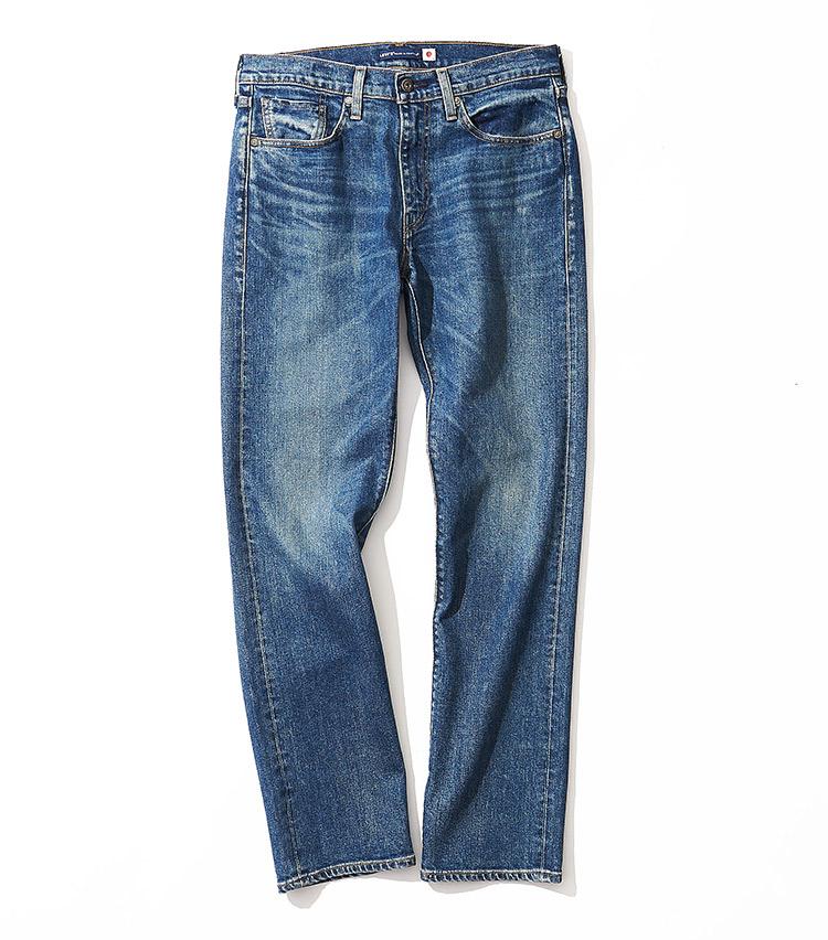 <p><strong>18.リーバイス® メイド アンド クラフテッド®のジーンズ</strong><br /> カイハラ製ストレッチセルビッジデニムを採用する514™。ヴィンテージな色落ちと快適な履き心地を共に楽しませる。レギュラーテーパードは、休日での汎用性が高い。2万2000円(リーバイ・ストラウス ジャパン TEL:0120-099-501)</p>