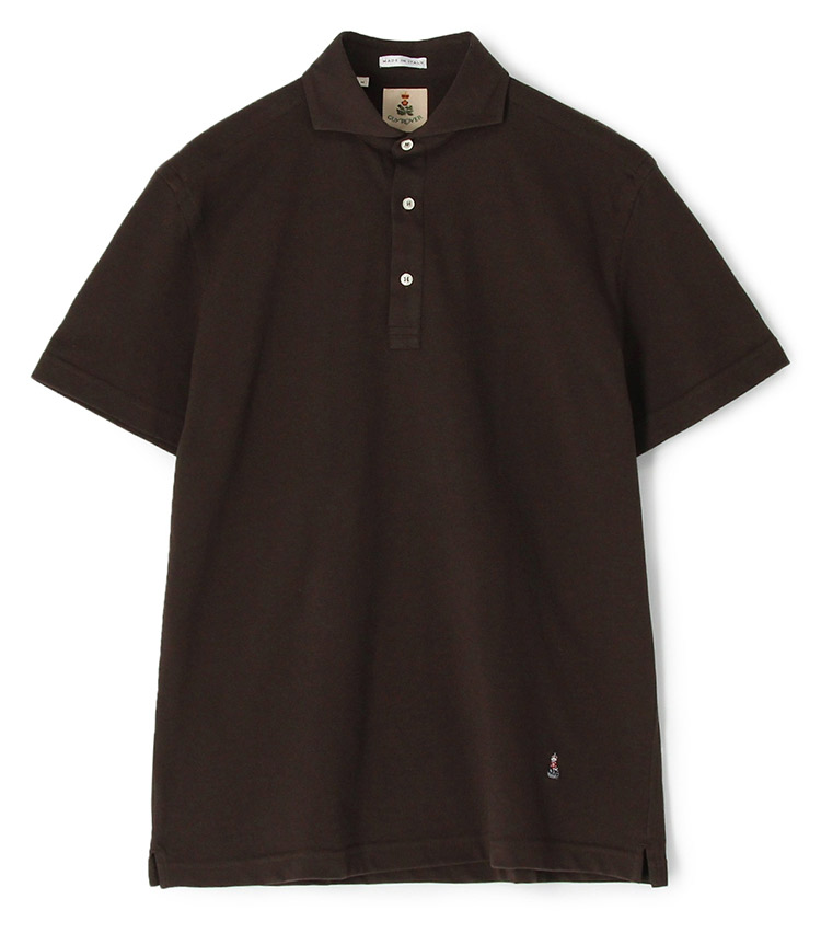 <p><strong>【人気No.2ポロシャツ】<br /> ギ ローバーのカッタウェイ鹿の子ポロシャツ</strong><br /> 2位はコーディネートに万能な無地の鹿の子ポロ。こちらのカッタウェイカラーは、台襟付きで襟が立体的に立ち上がるため、通常の鹿の子ポロよりもドレッシー。美しい襟はイタリアのシャツブランドならではで、ビジネスシーンで差がつく一枚だ。1万7000円<br /> <a class=
