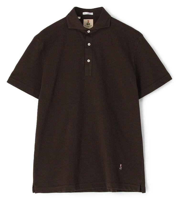 <p><strong>【人気No.2ポロシャツ】<br /> ギ ローバーのカッタウェイ鹿の子ポロシャツ</strong><br /> 2位はコーディネートに万能な無地の鹿の子ポロ。こちらのカッタウェイカラーは、台襟付きで襟が立体的に立ち上がるため、通常の鹿の子ポロよりもドレッシー。美しい襟はイタリアのシャツブランドならではで、ビジネスシーンで差がつく一枚だ。1万7000円。</p> <p><a class=