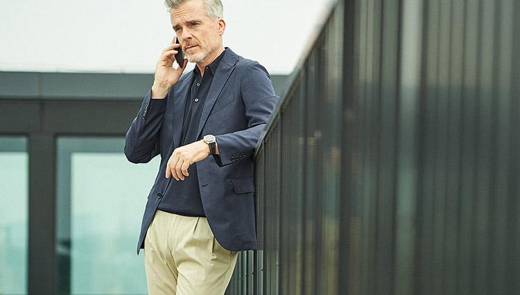 「仕事で着るポロシャツ」適しているのは、どんなタイプ?