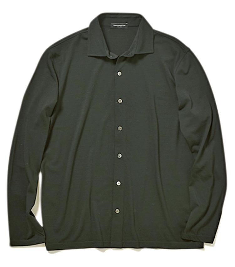 <p>シャツ2万4000円/トゥモローランド(トゥモローランド)</p>